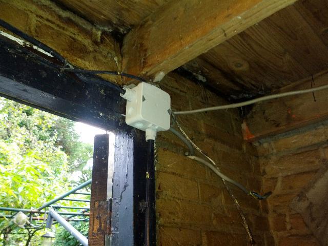 Dak Garage Vervangen : De schoonzoon : referenties opsporen elektrastoring en reinigen